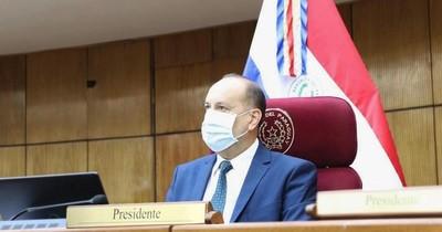 """Óscar Salomón: """"El presidente está perdiendo gente que puede ayudarlo"""""""
