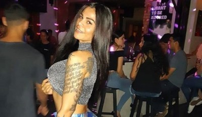 Esposa celosa se desquitó contra Gloria Jara