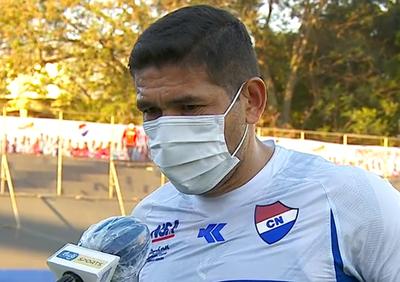 Luis Cabral celebra una nueva victoria jugando de local