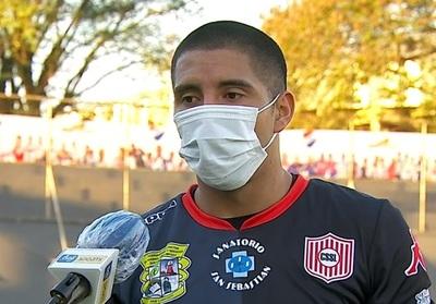 Jordan Santacruz lamenta una nueva derrota de su equipo