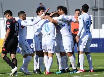 Nacional vence como local 2-0 a Sportivo San Lorenzo