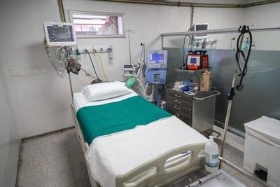 HOY / Piden pelear contra el Covid-19 fuera de hospitales porque no hay sistema que aguante