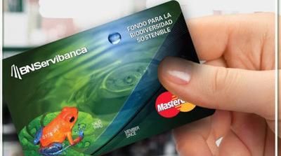 Mastercard impulsa sostenibilidad con programa de tarjetas ecológicas