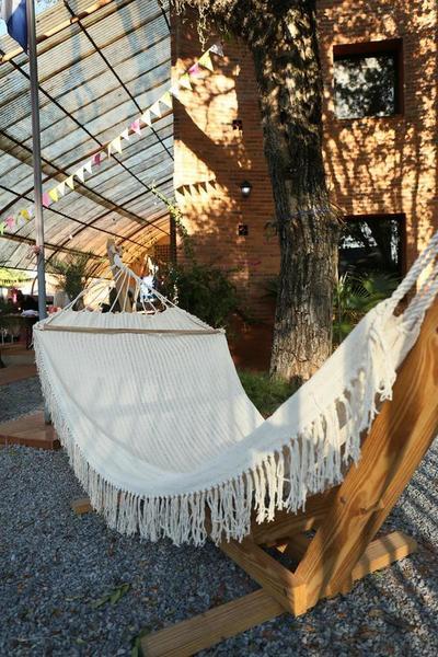 IPA realiza feria presencial y online de artesanías