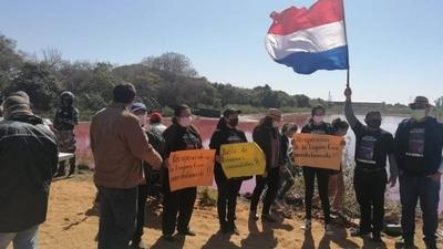 HOY / Limpio: Pobladores exigen soluciones para recuperar la Laguna Cerro