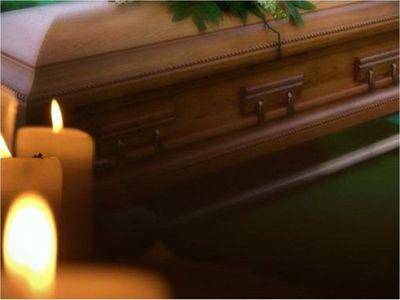 Denuncian a funeraria por supuestamente incumplir con protocolo sanitario