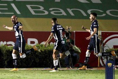 Carlos González salva un punto para Pumas