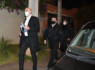 """Senador advierte sobre """"situación de quiebre"""" entre poderes y resalta hermetismo de Mazzoleni"""