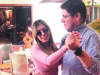 """""""Tonto enamorado"""", la canción viral que tumbó al viceministro"""