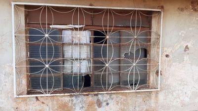 Balearon vivienda de procesada ex cabecilla de invasores de plazas públicas