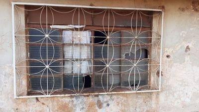 Desconocidos efectuaron disparos contra vivienda de una mujer en Pedro Juan Caballero