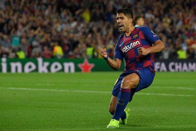 Salida de Suárez de Barcelona genera críticas en Uruguay