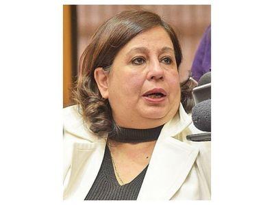 Esperanza Martínez fustigó al Ejecutivo y a sus ministros