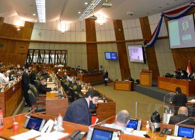 Diputados quieren recortar los gastos de representación de los concejales municipales