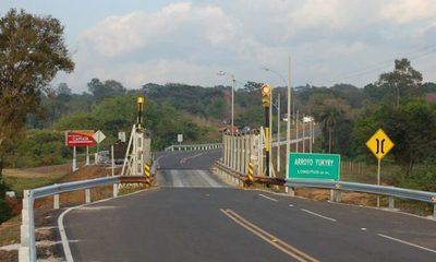 Tramo asfáltico entre Areguá y Capiatá causa revuelo en redes sociales