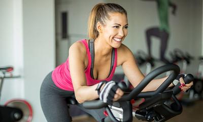 Cómo bajar de peso haciendo spinning en casa