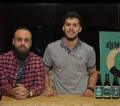 Emprendedores invitan a brindar con cerveza artesanal