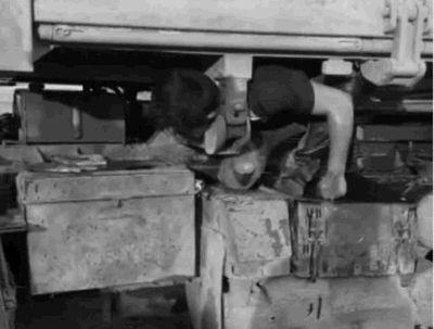 Mecánico muere aplastado mientras trabajaba por un camión