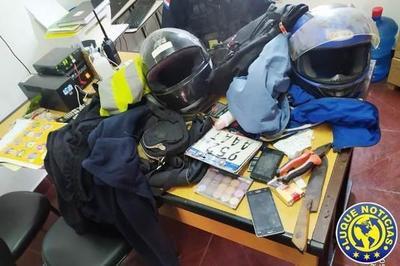 Detienen a motochorros tras asalto en Maramburé •