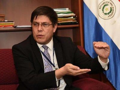 Ciudadano presenta denuncia contra el exviceministro Portillo y Sol Cartes · Radio Monumental 1080 AM