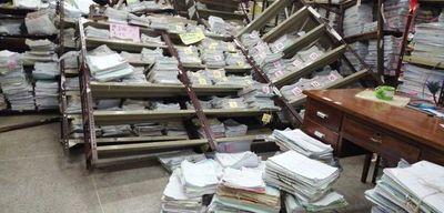 Poder Judicial: cayeron estantes con expedientes y un funcionario quedó herido