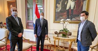 La Nación / Mazzoleni lo advirtió, entorno del presidente cae ante el COVID-19