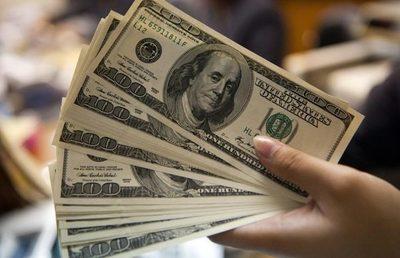 El dólar alcanza nuevo pico y roza los G. 7.000