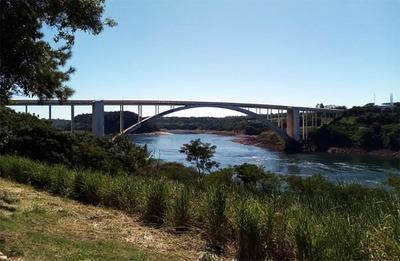 Autoridades del Alto Paraná insisten con abrir el Puente de la Amistad