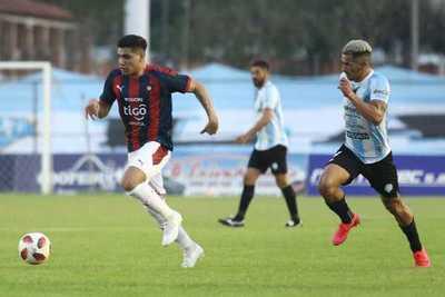 Cerro Porteño da vuelta el partido y vence a Guaireña