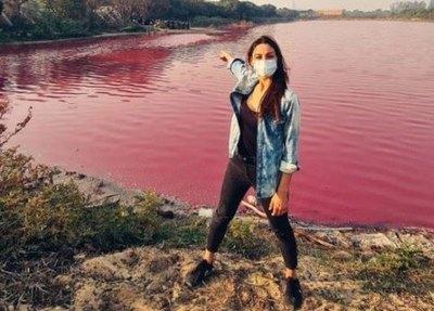 Crónica / Una ex-Miss sufrió por la contaminación de laguna