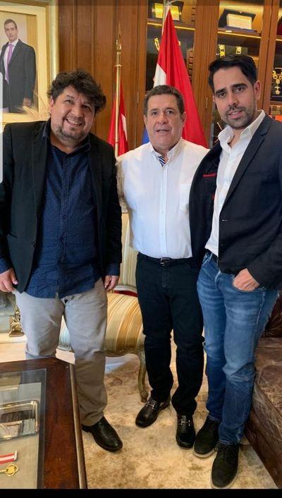 De la mano de Cartes y el clan Zacarías, Juan Pereira aspira a la Intendencia de CDE
