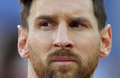 Periodista español dispara en contra de Messi: 'Se va la tiranía del vestuario'