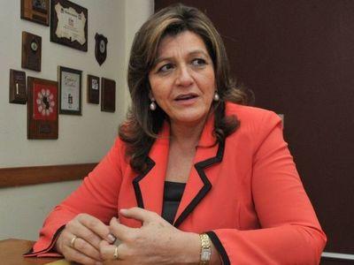 Senadora critica a diputados por rechazar intervención al municipio de Concepción