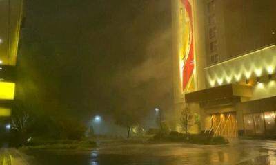 El huracán Laura impactó en la costa de EEUU con vientos de 240 kilómetros por hora: las primeras imágenes – Prensa 5