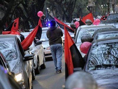 Rosarinos marchan pidiendo el regreso de Messi
