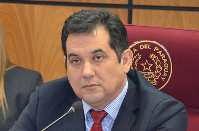 Tras reunión con Abdo, Arévalo afirma que será uno de los candidatos por Añeteté para la Intendencia de Asunción