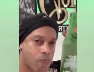 """Crónica / Fans de """"Dinho"""" tiran cañeada a Paraguay"""