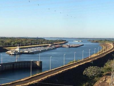 Caudal del Paraná va mejorando y mantiene expectante a los exportadores