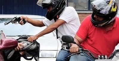 Policía que mató a un motoasaltante no enfrentará cargos