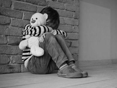 Niño casi fue abusado por el novio de su abuela