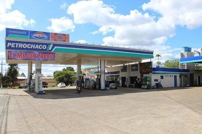 Agosto liquida en San Ignacio y Petrochaco reduce su precio