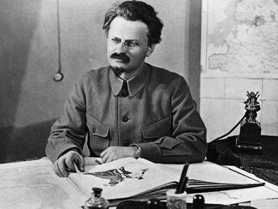 A 80 años del asesinato de León Trotsky, La Pluma
