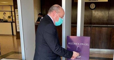La Nación / Tras sorteo de la vergüenza, ministro César Diesel visitó Poder Judicial de Amambay