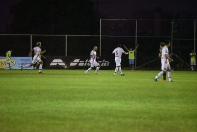 River Plate golpea en Los Jardines y aleja de la pelea a Guaraní