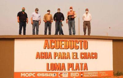 En día histórico para el Chaco inició la distribución de agua potable a unos 80.000 pobladores
