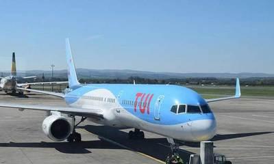 Siete positivos en un vuelo a Cardiff obliga a aislarse al resto de viajeros