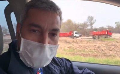 Abdo Benítez verifica obras en el Chaco y pide cuidados durante el clásico