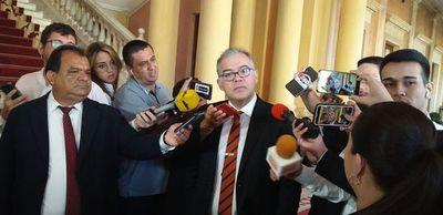 Julio Ullón informó que está infectado de coronavirus