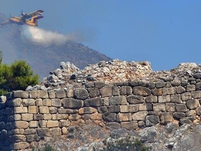 El sitio arqueológico de Micenas escapa de quedar destruido en un incendio