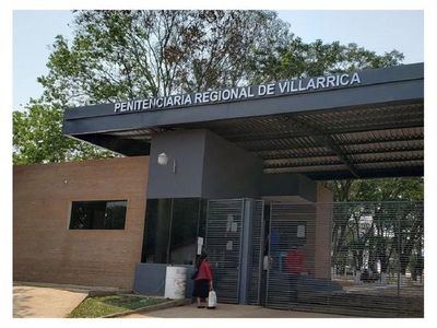 Aíslan a reclusos tras primer caso de Covid-19 en penal de Villarrica